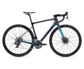 Defy Advanced Pro 0 M Svart